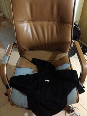 broken chair!.jpg