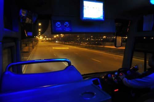 macau venetian bus.jpg