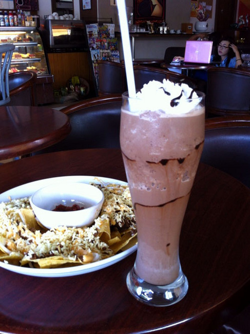 nachos and caffe.jpg